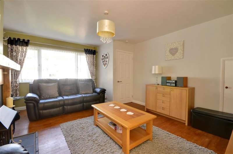3 Bedrooms Detached House for sale in Fishers Road, Staplehurst, Kent
