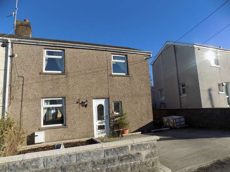 3 Bedrooms Semi Detached House for sale in Heol Ynysawdre , Sarn, Bridgend, CF32 9PD