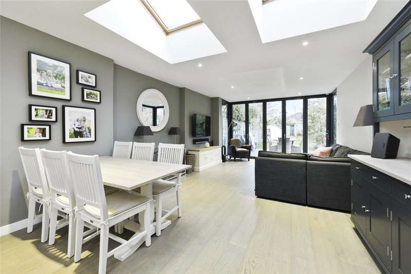 3 Bedrooms Semi Detached House for sale in St. Marys Road, Weybridge, Surrey, KT13
