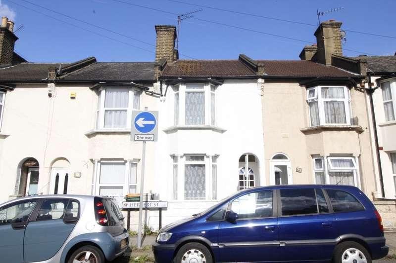 3 Bedrooms Property for sale in Herbert Street, London, E13