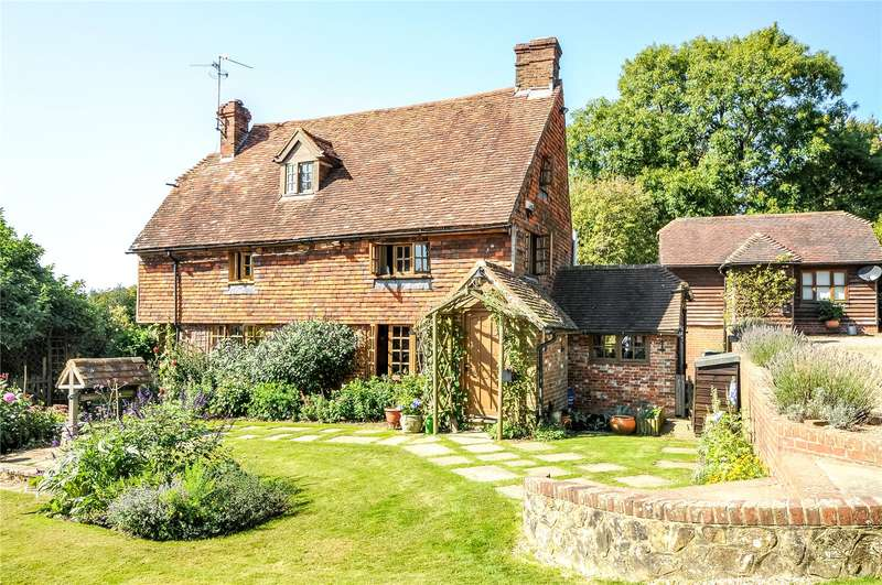 5 Bedrooms Detached House for sale in Whitegates Lane, Wadhurst