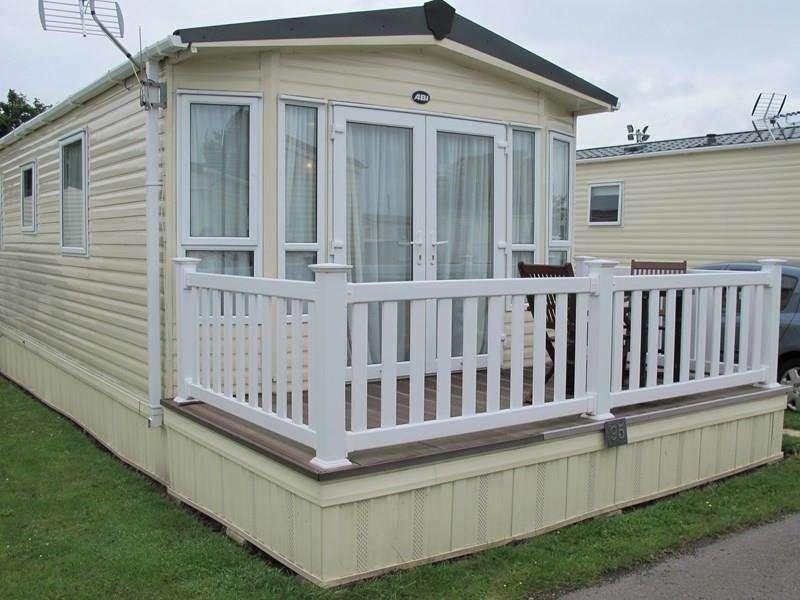 2 Bedrooms Mobile Home for sale in Hook Lane, Warsash, Southampton