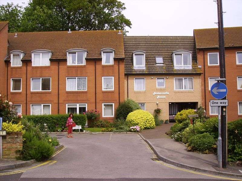 1 Bedroom Retirement Property for sale in Homecastle House, Bridgwater, TA6 3DL