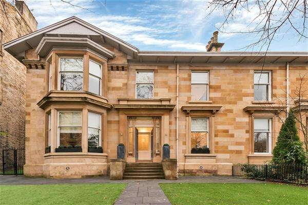 5 Bedrooms Semi Detached House for rent in 13 Turnberry Road, Hyndland, Glasgow, G11