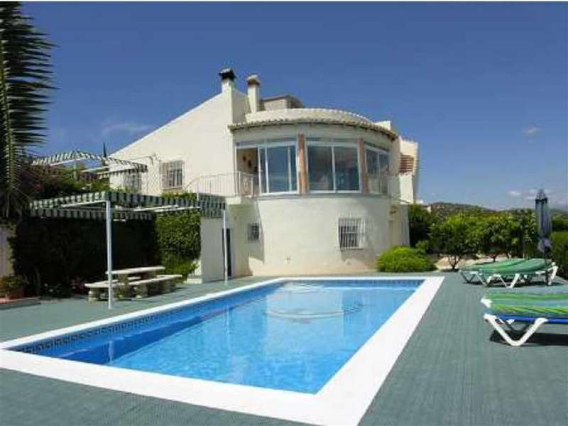 4 Bedrooms Property for sale in Casa Alberto Clarissa, 38, Los Romanes, YO8