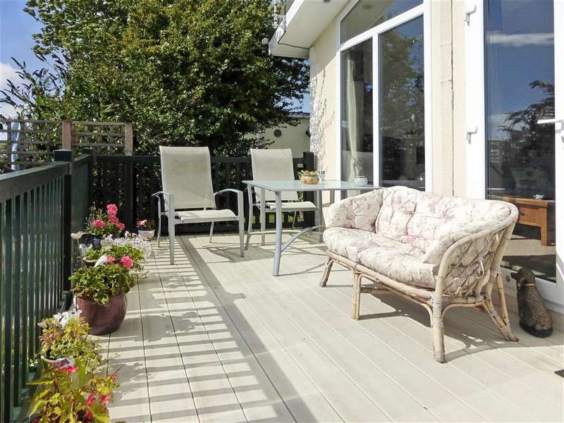 2 Bedrooms Park Home Mobile Home for sale in The Broadway, Minster On Sea, Sheerness, Kent