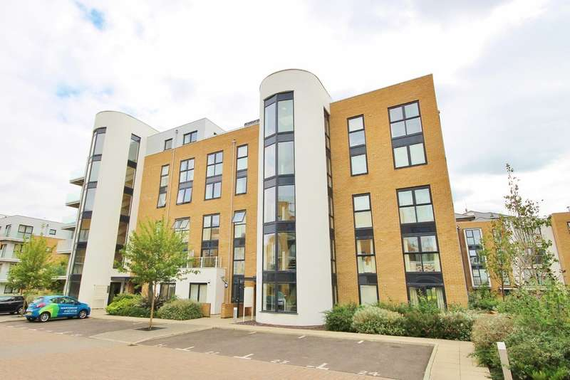 2 Bedrooms Apartment Flat for sale in Pym Court, Cromwell Road
