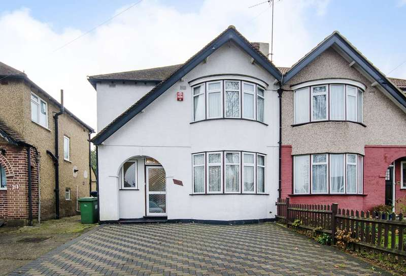 3 Bedrooms House for sale in Somervell Road, Harrow, HA2