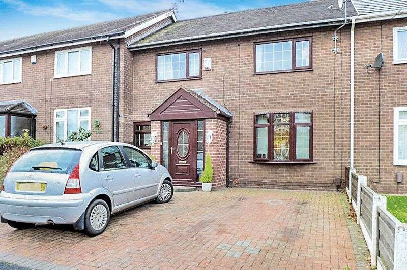 3 Bedrooms Terraced House for sale in Calder Crescent, Whitefield