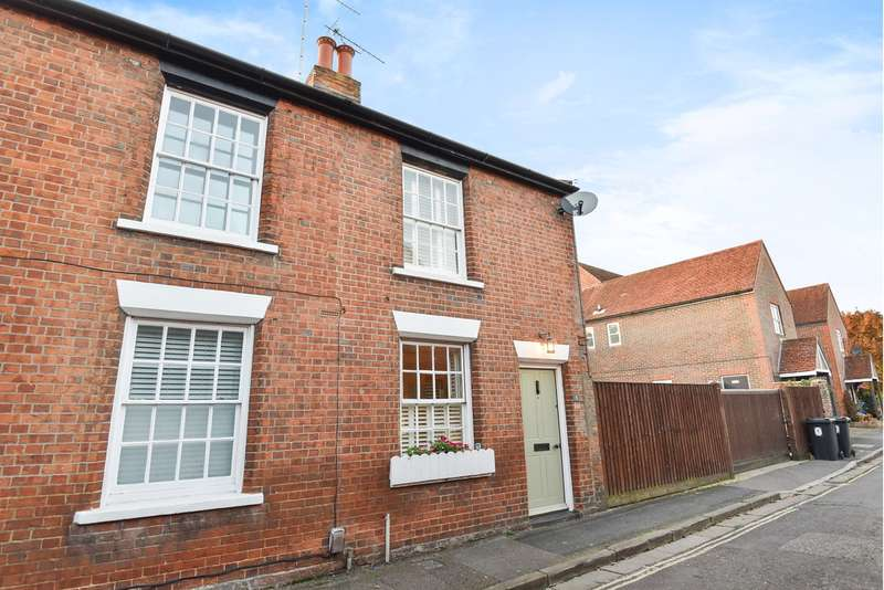 2 Bedrooms End Of Terrace House for sale in Water Lane, Winchester, SO23