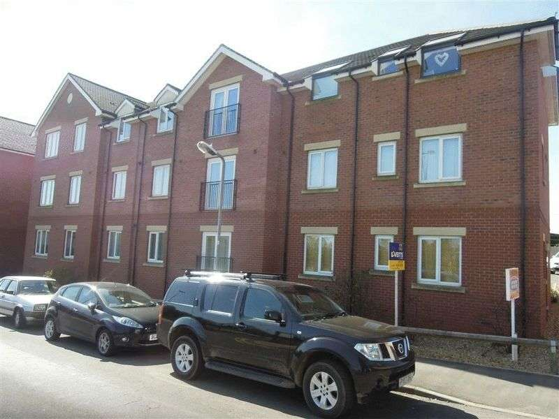 2 Bedrooms Flat for sale in Trent Road, Nuneaton