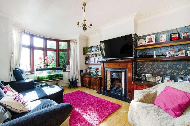 3 Bedrooms House for sale in Wilson Gardens, West Harrow, HA1