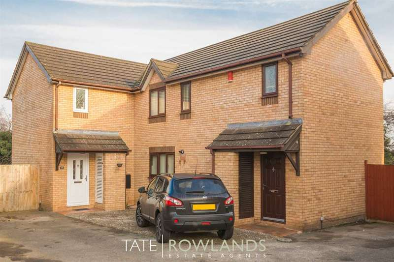 3 Bedrooms Semi Detached House for sale in Chestnut Close, Flint