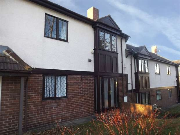 2 Bedrooms Flat for sale in Castle Green, Sunderland, Tyne and Wear