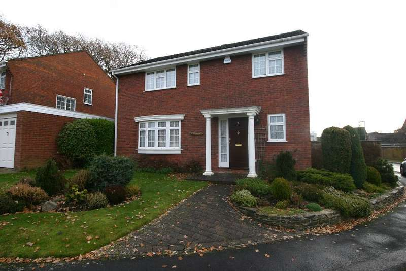 4 Bedrooms House for sale in Stenbury Way, Butlocks Heath, Southampton, SO31 5PU