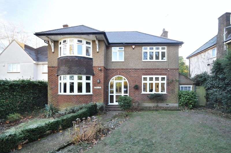4 Bedrooms Detached House for sale in Church Hill, Wilmington