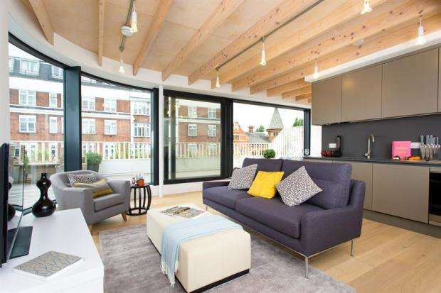 2 Bedrooms Apartment Flat for sale in Nightingale House, 1-7 Fulham High Street, London, SW6
