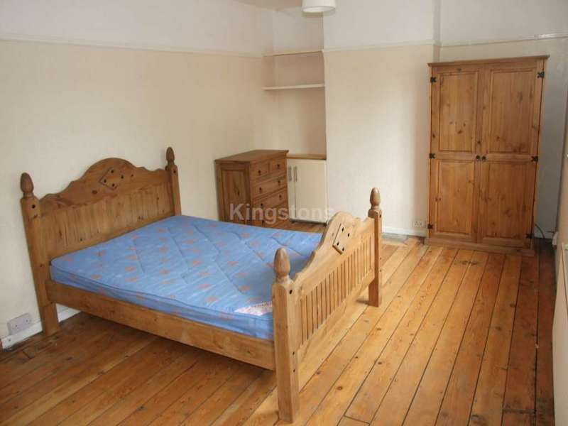 6 Bedrooms House for rent in Senghenydd Road, Cathays, Cardiff, CF24 4AG