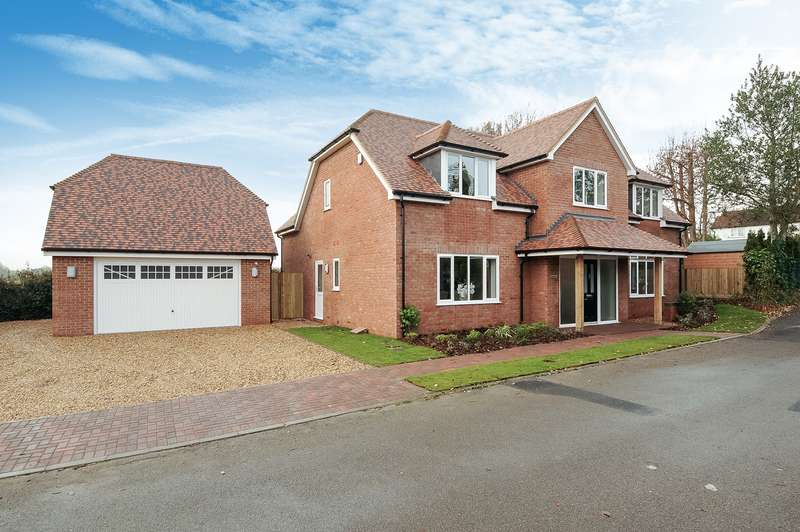4 Bedrooms Detached House for sale in Cherry Drove, Horton Heath, Eastleigh, SO50