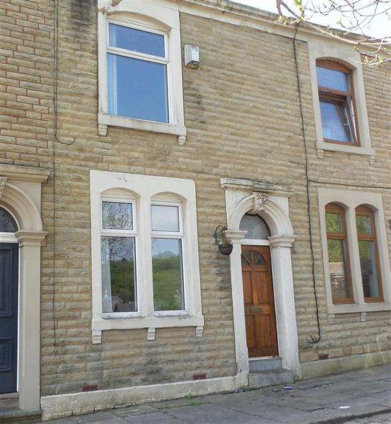 3 Bedrooms Terraced House for sale in Cranborne Terrace, Blackburn