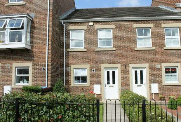 2 Bedrooms Terraced House for sale in Edward Kitching Terrace, Great Ayton