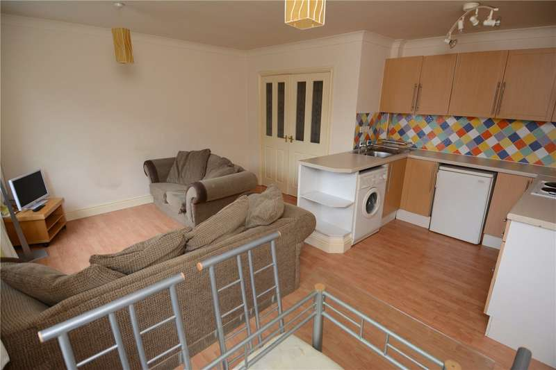 2 Bedrooms Flat for rent in Grange Road, West Kirby, Wirral
