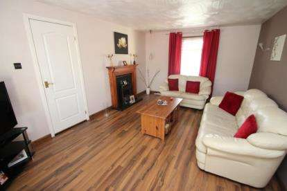4 Bedrooms Terraced House for sale in Grampian Way, Cumbernauld
