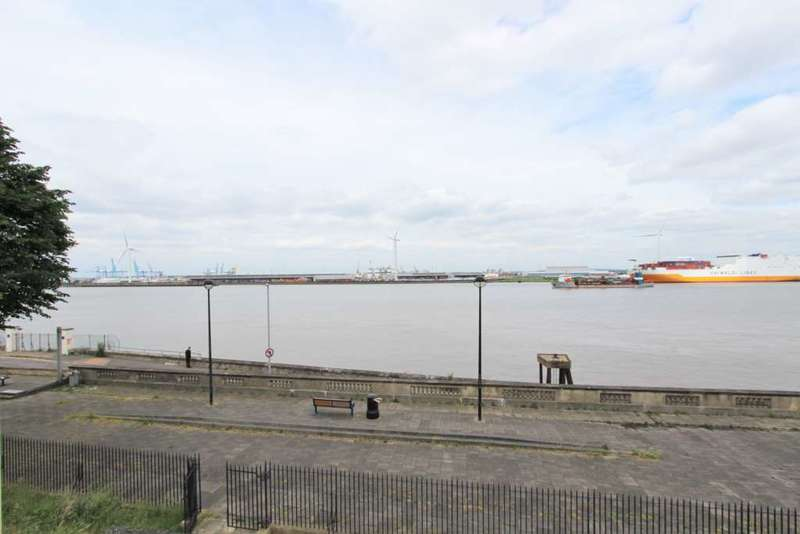 2 Bedrooms Apartment Flat for sale in Pier Road, Gravesend