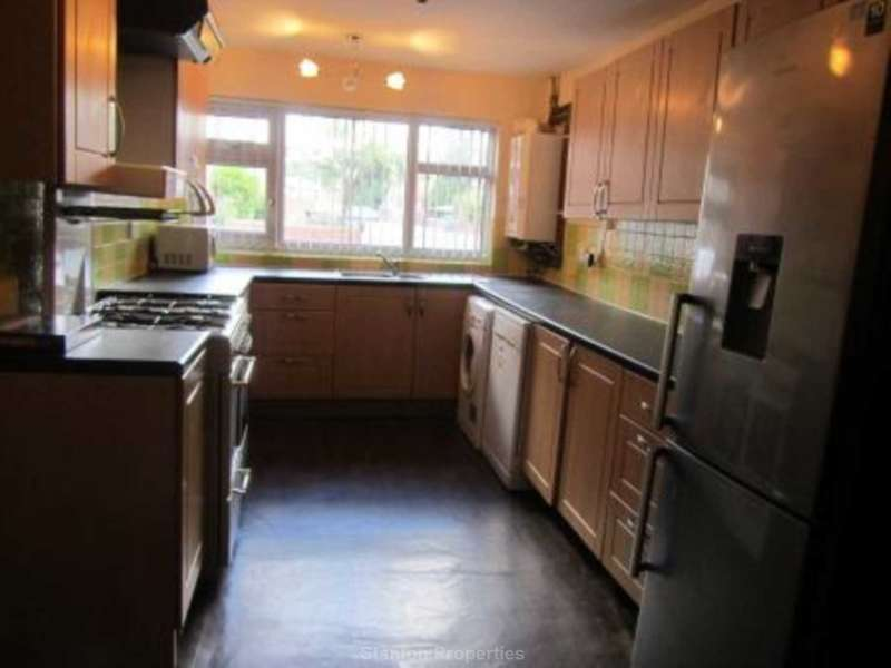 7 Bedrooms Semi Detached House for rent in Derby Road, Fallowfield