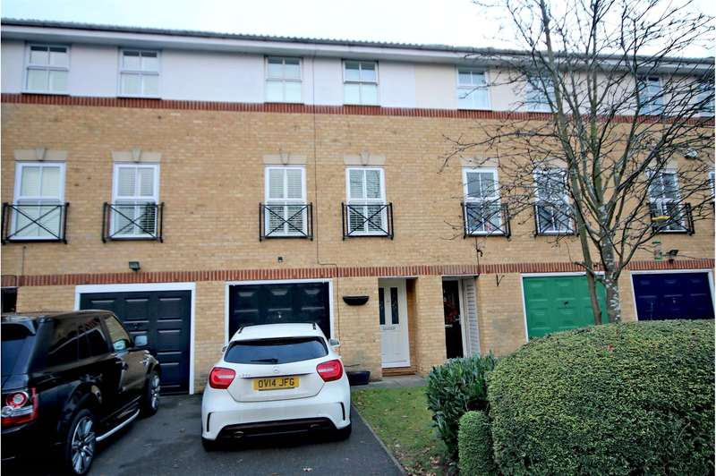 4 Bedrooms Terraced House for sale in Gray Place, Ottershaw, Chertsey, Surrey, KT16
