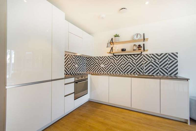 Studio Flat for sale in Cargreen Road, South Norwood, SE25