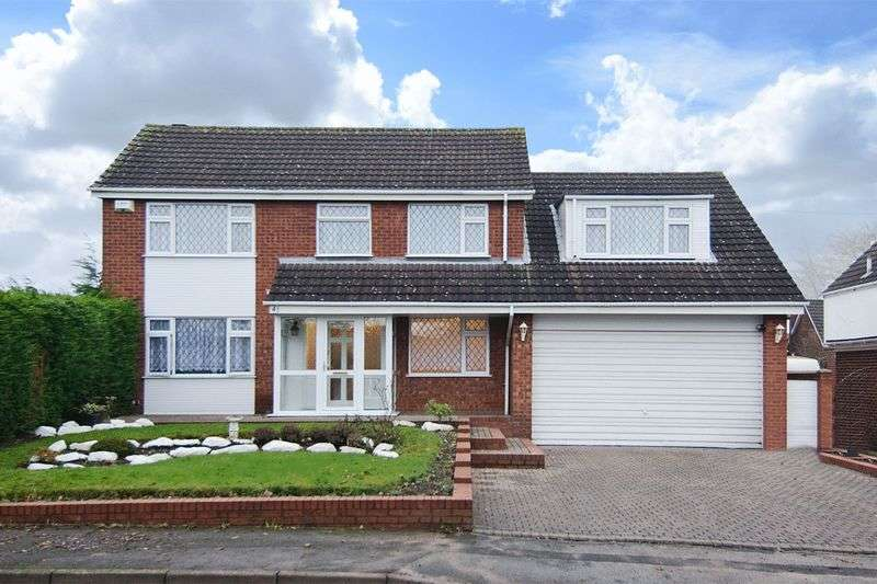 4 Bedrooms Detached House for sale in Elder Lane, Burntwood