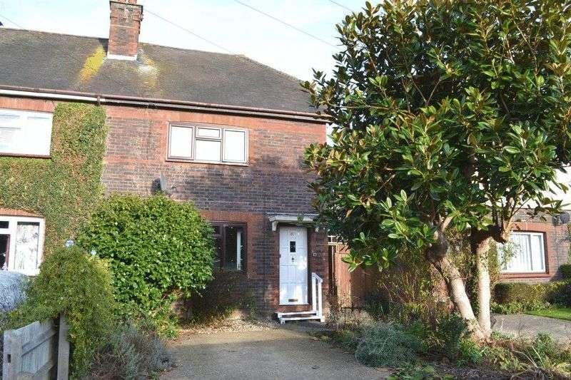 3 Bedrooms Semi Detached House for sale in Hilden Park Road, Tonbridge