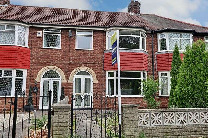 3 Bedrooms Terraced House for sale in Laburnum Avenue, Hull