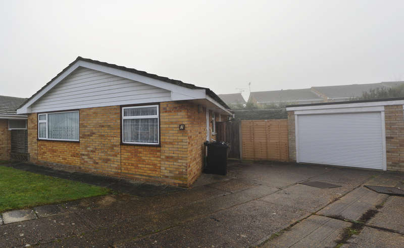 2 Bedrooms Detached Bungalow for sale in Lime Way, Burnham-on-Crouch