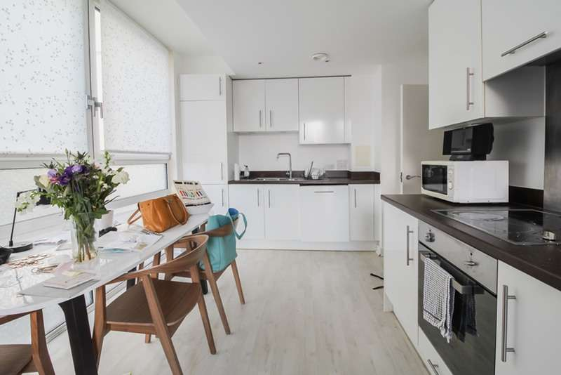 1 Bedroom Apartment Flat for sale in One Lambs Passage, London, London, EC1Y