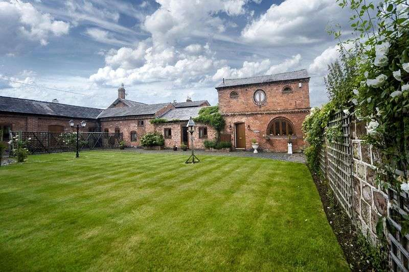 3 Bedrooms House for sale in Heath House Lane, Codsall, Wolverhampton