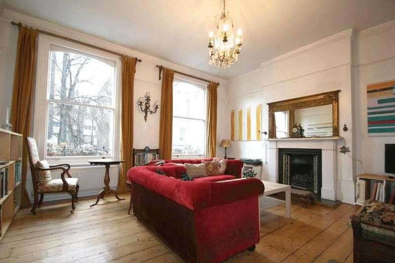 4 Bedrooms Maisonette Flat for sale in Newington Green Road, London