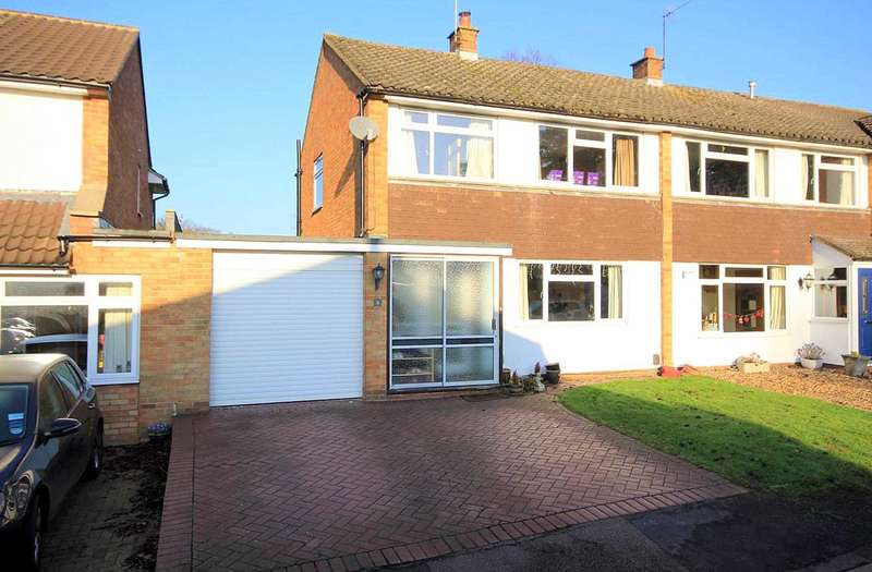 3 Bedrooms Semi Detached House for sale in EXTENDED WITH APPROX 1400 SQUARE FEET IN, Leverstock Green