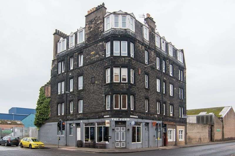 3 Bedrooms Flat for sale in 1F2, 29b Salamander Street, Leith, Edinburgh, EH6 7JZ