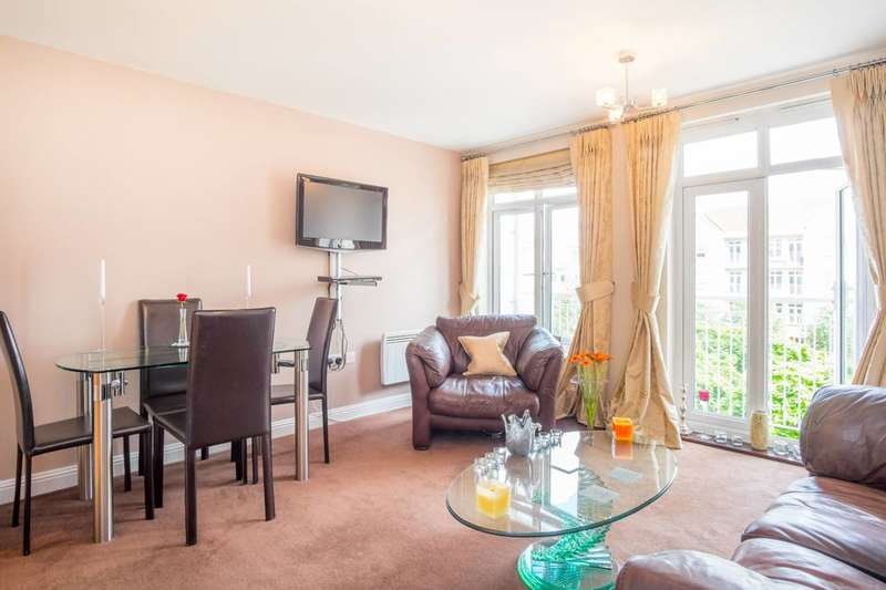 1 Bedroom Flat for sale in Magdalene Gardens, East Barnet, N20