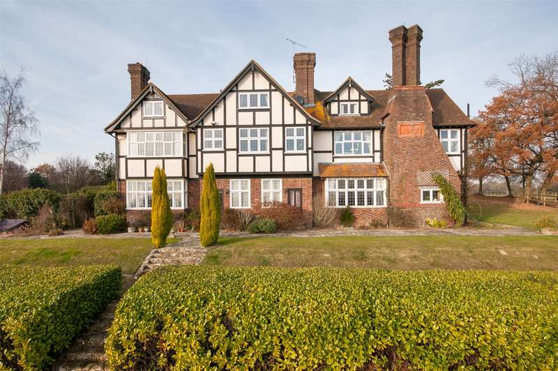 2 Bedrooms Apartment Flat for sale in Monks Manor, Honeywood Lane, Okewood Hill, Surrey, RH5