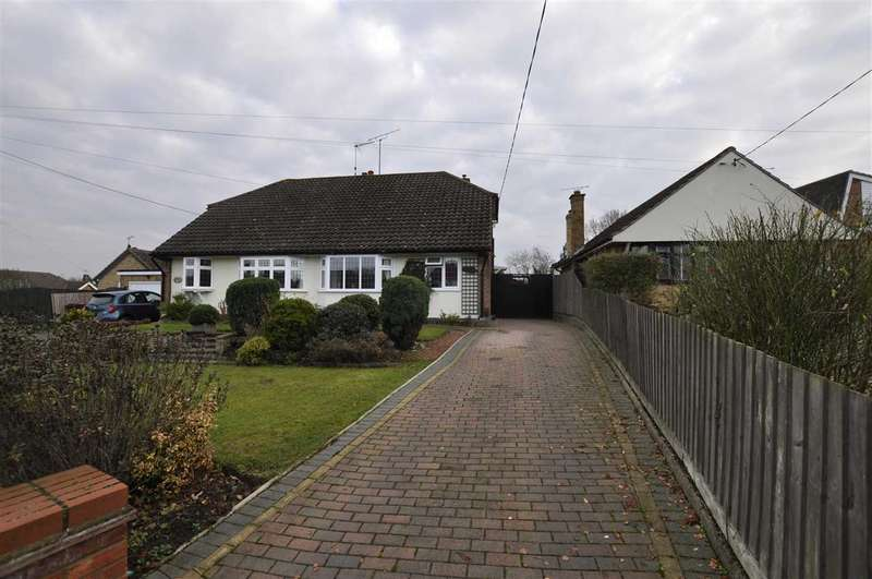 2 Bedrooms Bungalow for sale in Beehive Lane, Chelmsford