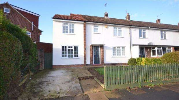 4 Bedrooms End Of Terrace House for sale in Edinburgh Road, Maidenhead, Berkshire