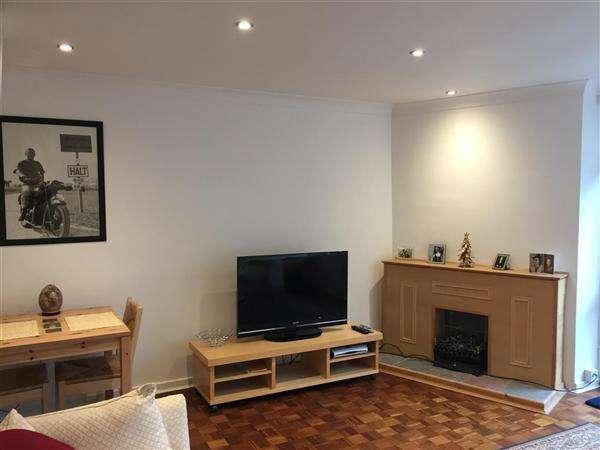 2 Bedrooms Apartment Flat for sale in North Orbital Road, Denham