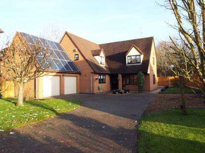 6 Bedrooms Detached House for sale in Garners Walk, Madeley, Crewe, Cheshire