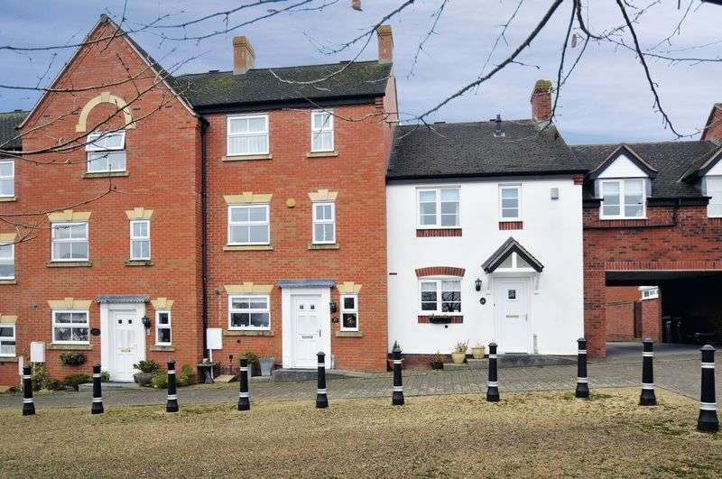 3 Bedrooms Terraced House for sale in Hunters Gate, Much Wenlock