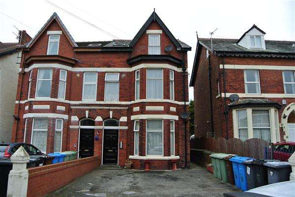 Property for sale in Lightburne Avenue, Lytham St Annes