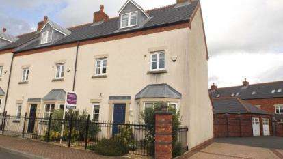 3 Bedrooms Town House for sale in Middleton Road, Fulwood, Preston, Lancashire, PR2