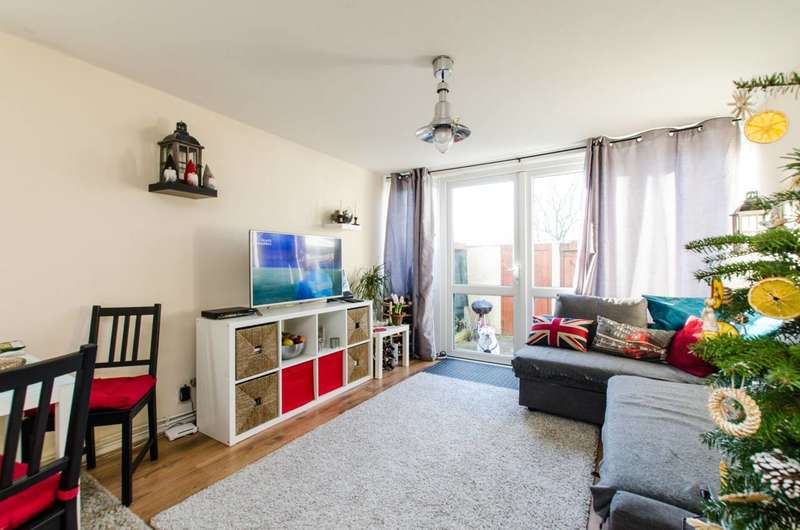 1 Bedroom Flat for sale in Mulholland Close, Mitcham, CR4